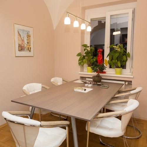 leistungen h hr und lepuschitz. Black Bedroom Furniture Sets. Home Design Ideas